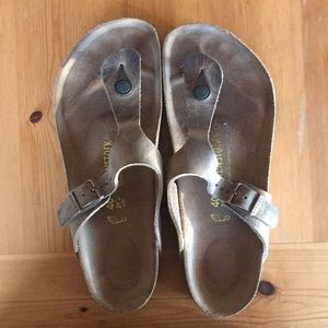 Birkenstock Gizeh Oiled Leather, size 40 (w 9-9.5)